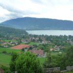 Menthon-Saint-Bernard et le lac d'Annecy