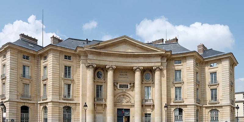 Faut-il repenser l'enseignement? Image : Université Panthéon - Sorbonne - Crédits : Jastrow (Wikipedia)
