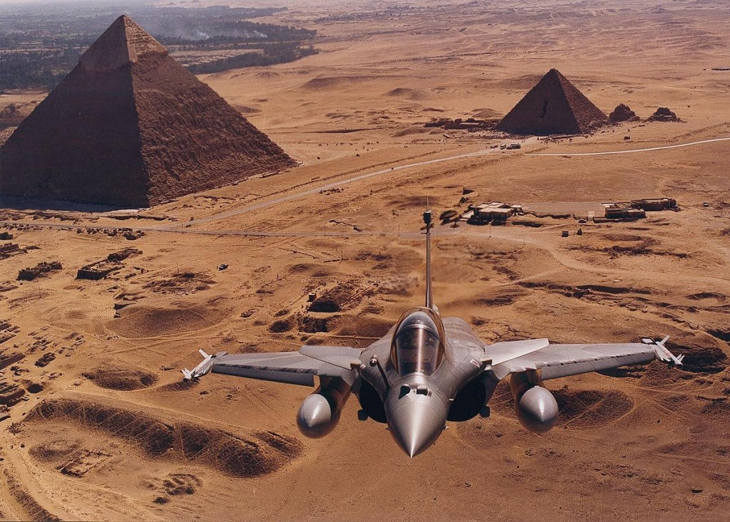rafale-pyramide